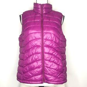 💥 Old Navy Purple Puffer Vest in Sz L
